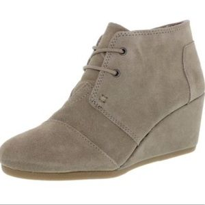 Toms Desert Wedge Boot Taupe Suede Ankle-High